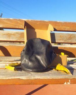 Boina negra polipiel Hatink