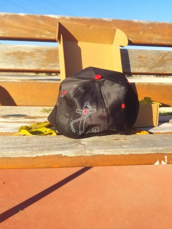Gorra plana Skate roja y negra